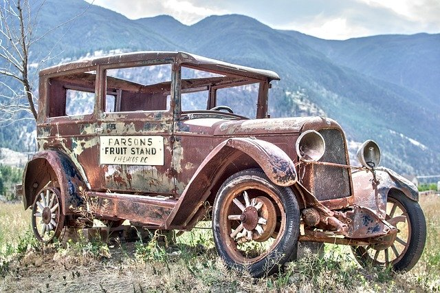 Why should you lend your old cars to the free junk car removal companies?